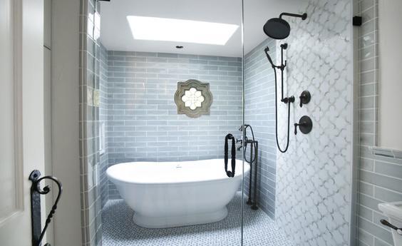 La Canada Traditional Bathroom